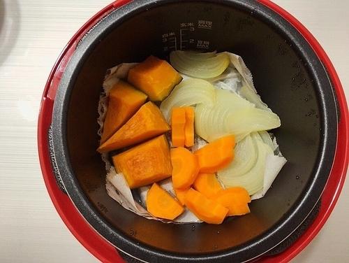 電気圧力鍋でつくる蒸し野菜
