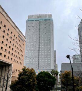 アパホテル&リゾート〈横浜ベイタワー〉の外観