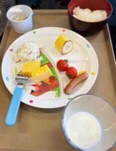「ラ・ベランダ」で食べた子供の朝食
